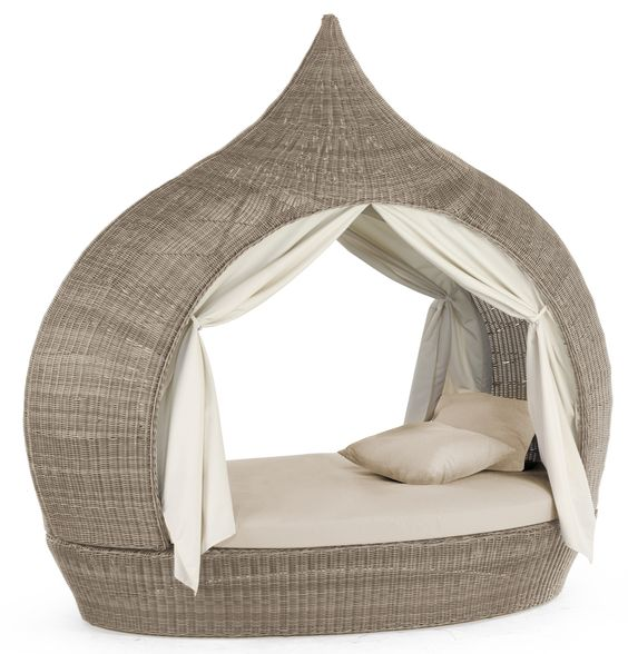 Fairytale Daybed