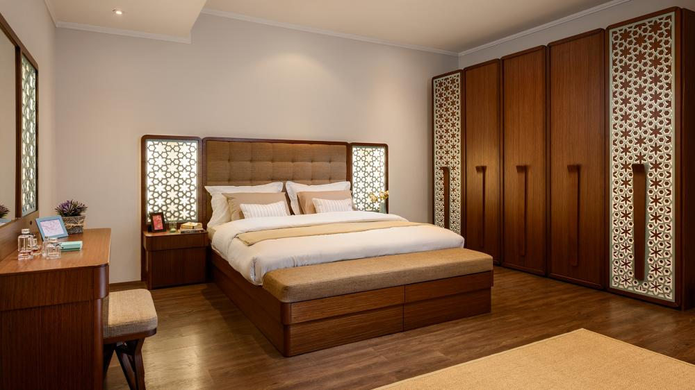 Andalusia master bed 180*240 with drawers