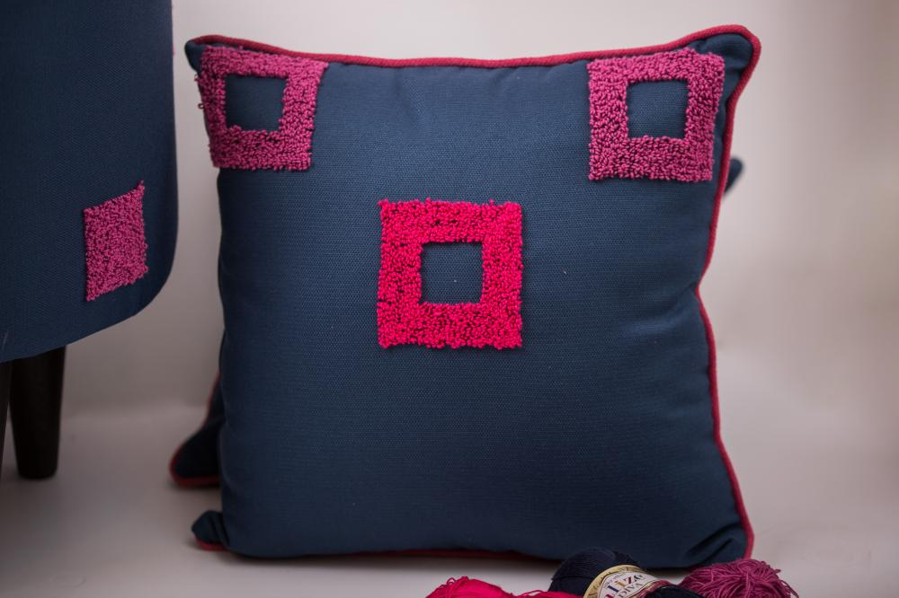 Carre pink cushion